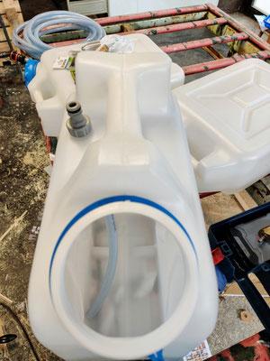 Vorbereiten der Wasserkanister