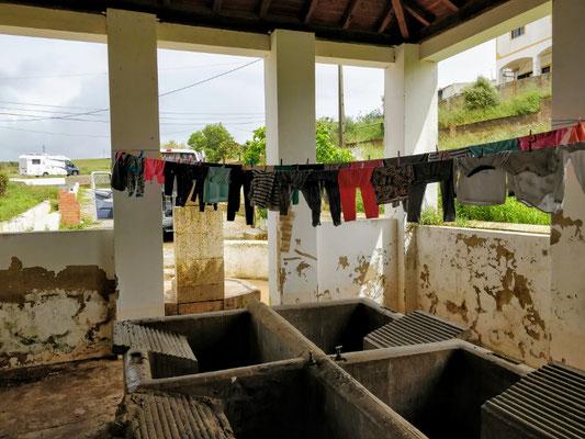 Impressionen aus Portugal - Waschtag