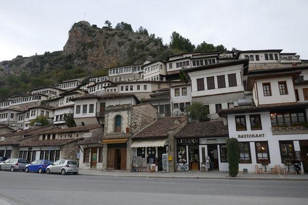 Berat - die Stadt der 1000 Fenster