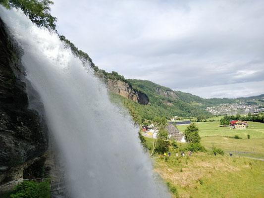 Steinsdalsfossen Wasserfall