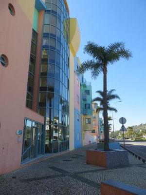 Unser pastellfarbenes Haus an der Marina