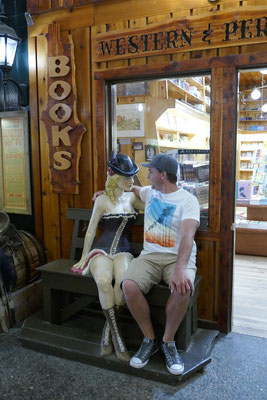 Wall's Drug Store