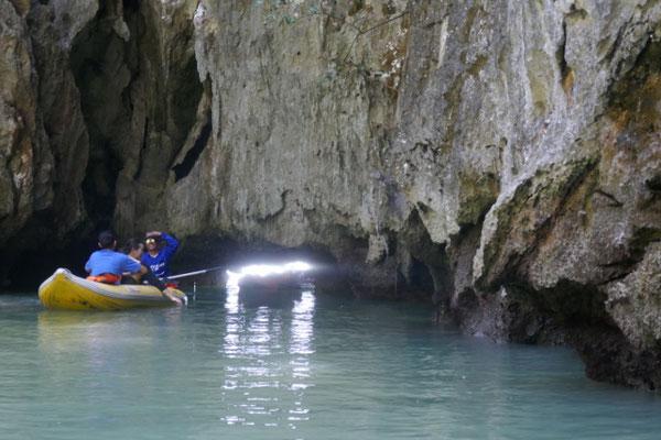 ...in enge Höhlen