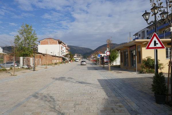 ein typisches albanisches Ort