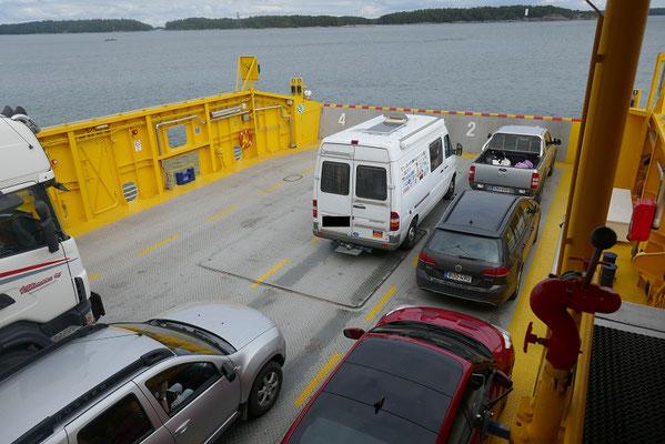 Inselhopping im Schären-Archipel  - Fährüberfahrt