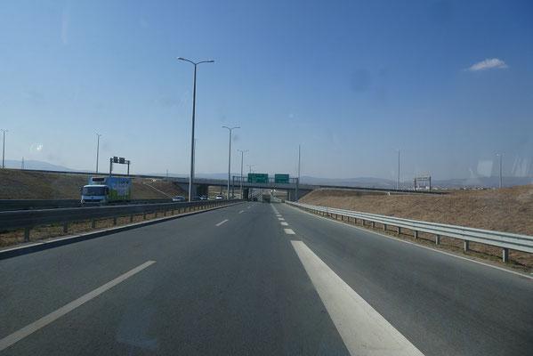 perfekt ausgebaute Straßen