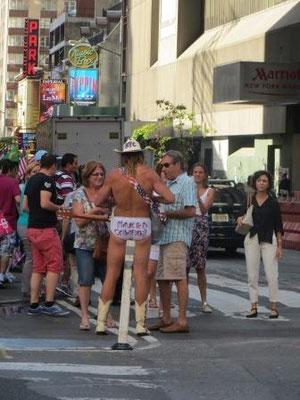 Der naked Cowboy vom Times Square