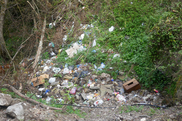 auch hier fanden wir immer wieder größe Müllberge :(
