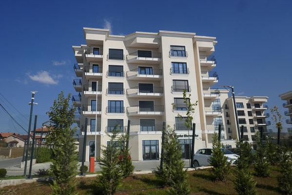 neue moderne Häuser