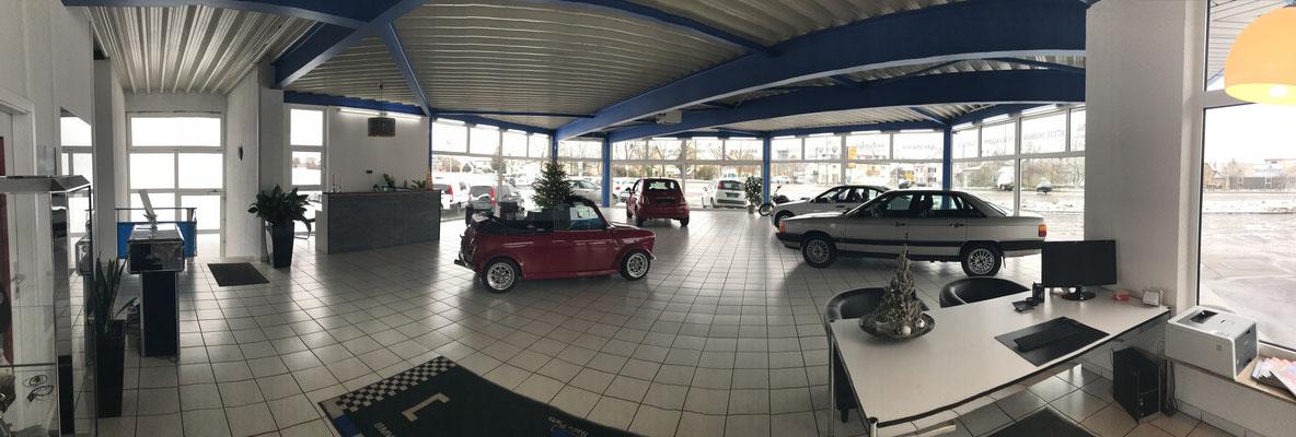 Autohaus Cars & More Sachsenheimer Showroom Ausstellungshalle
