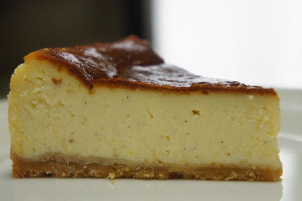 クラシックスタイルのチーズケーキ(1/8カット)