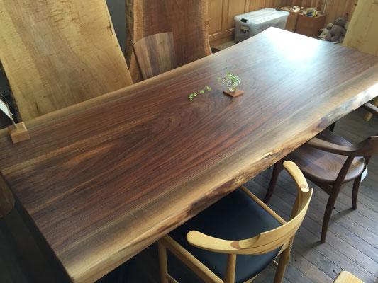 ブラックウォールナット 一枚板 テーブル スチール脚