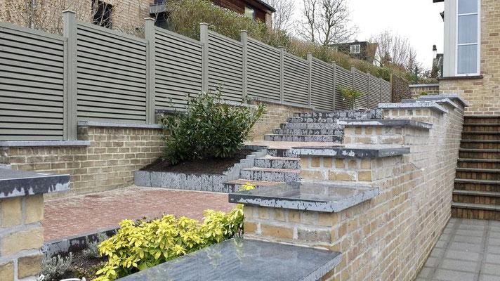Pose de palissades béton à Charleroi