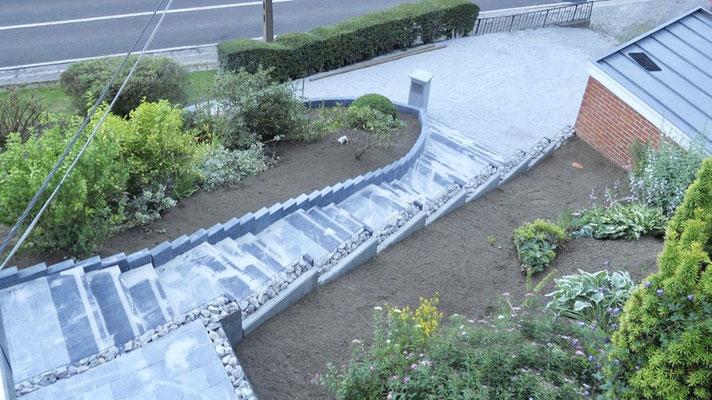 Construction d'un escalier en pierre par BLS