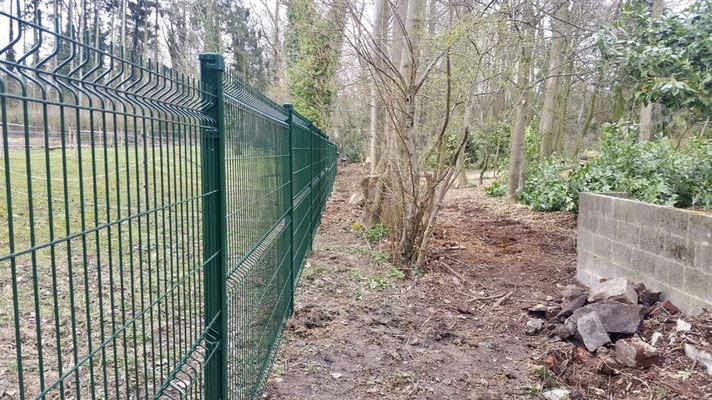 BLS jardin pose toutes clôtures en treillis