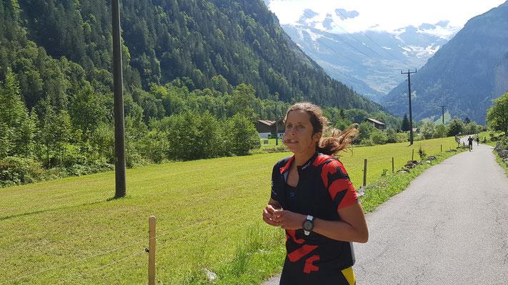 Und da rennt Tabea Ruegge bereits in Richtung Schilthorn