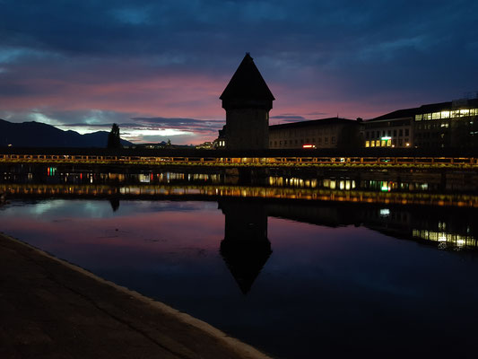 Kapellbrücke Luzern by Night