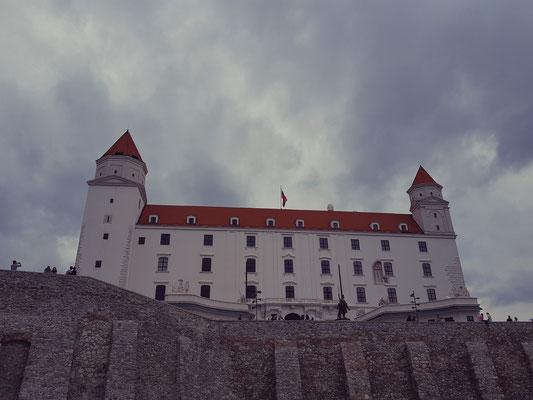 Schloss oberhalb Bratislavas
