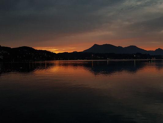 Morgendämmerung in Luzern