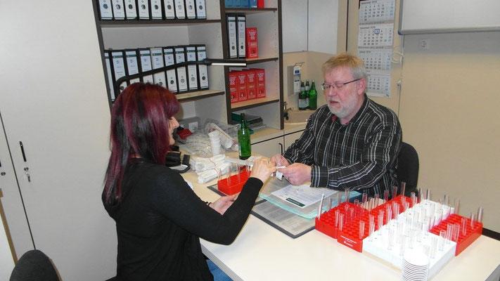 Die beiden Organisatoren in Homburg Frau Schreiber und Herr Stüpfert!