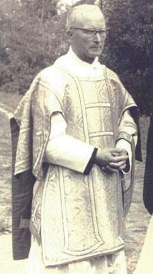 Abbé Léon Schapman : dernier curé résidant au presbytère d'Ochtezeele, non repris dans les monographies paroissiales qui lui sont antérieures