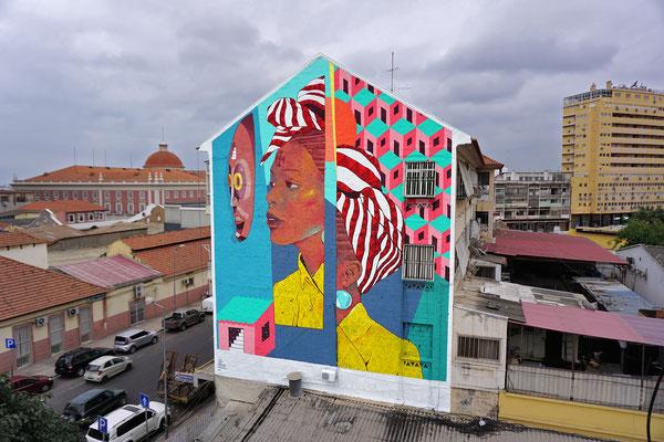 ANGOLANA. Luanda, Angola. 2019.