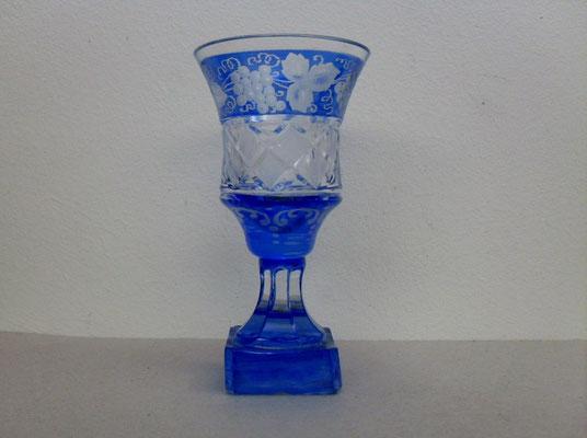 Empire Schnapsglas mit quadratischer Plinthe