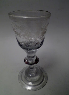 Lauenstein Kelchglas m. Glockenfuß um 1750 mit eingestochen Perlen und Blase im Schaft