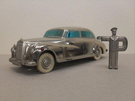 """Prämeta Modellauto 300 Mercedes """"Adenauer Benz"""" Herstellungszeit 1954 mit orig. Schlüssel"""