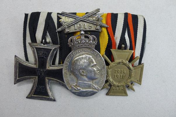 3er Ordenspange mit ovaler Verdienstmedaille Sachen-Coburg-Gotha (nur 159 verliehen)