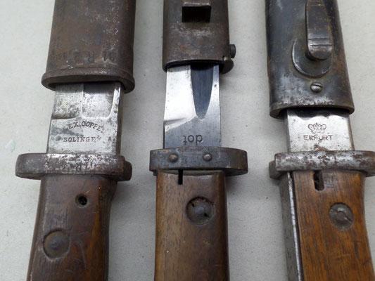 Bajonette mit unterschiedlichen Herstellerpunzen, 2. Weltkrieg