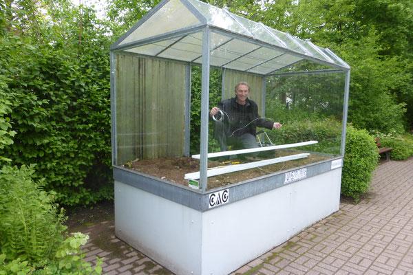Garten im Glas - Günter Kühn in der Kunstvitrine