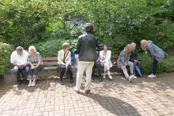 Andreas Blum beantwortet Fragen der Besucherinnen und Besucher