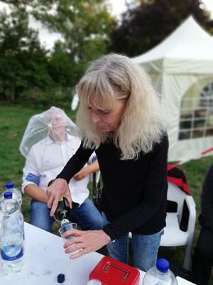 Ellen Bollmann hilft