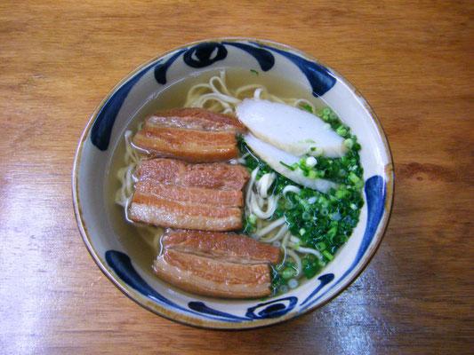 三枚肉そば 大:¥600 小:¥500