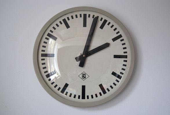 TN Wanduhr, Werksuhr, 50er Jahre, 50s, Bahnhofsuhr, Bauhaus, Fabrikuhr, Telenorma, Telefonbau&Normalzeit, Industrial,