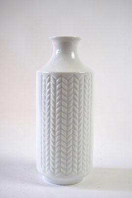 Vase weiss 2
