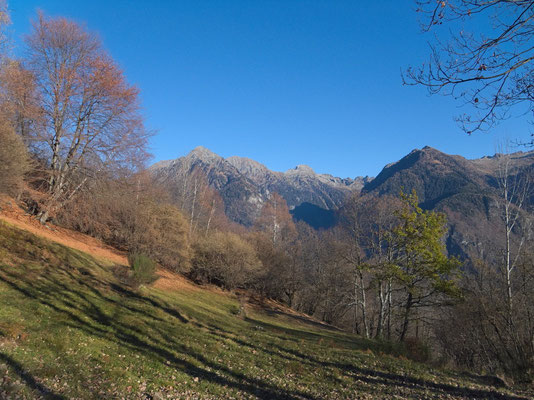 Blick zum Val de Montogn