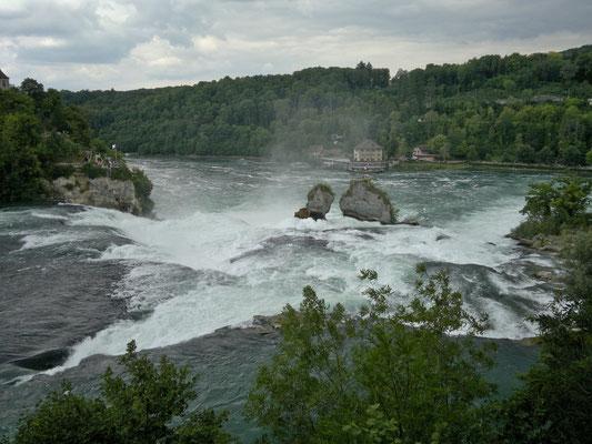 Rheinfall von oberhalb gesehen