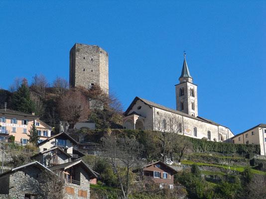 Burg und Pfarrkirche von Santa Maria i.C.