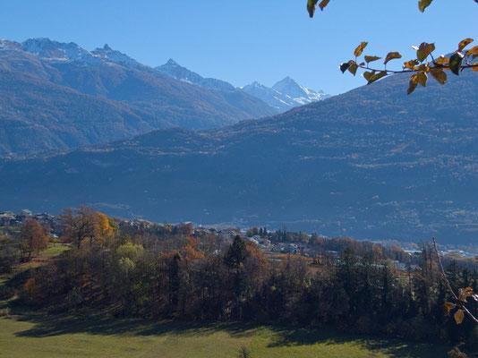 Savièse mit dem Val d'Hérens