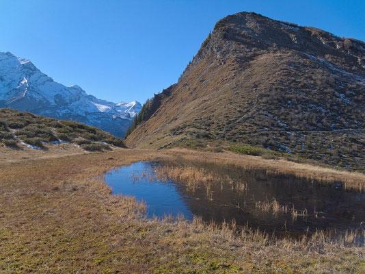 Bergseelein mit dem Berg La Palette