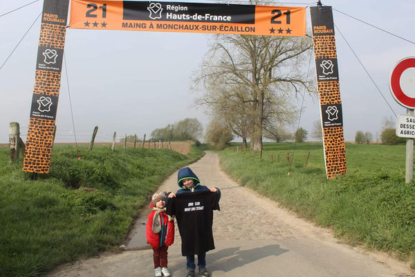 14/04/19 - Paris-Roubaix - Maing (59) - Pauline & Eliott