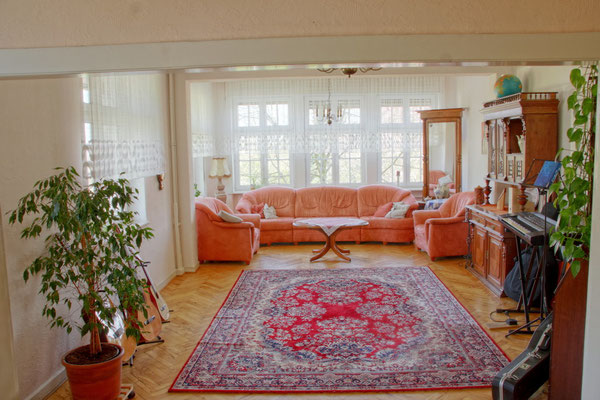 Wohnzimmer der Villa