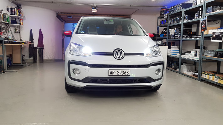 VW UP 2017 LED UMBAU Abblendlicht Fernlicht H7 Philips X-treme Ultinon
