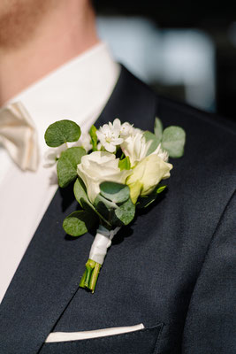 Greenery Hochzeit mit Eukalyptus // Foto: Mirja Shoots Weddings