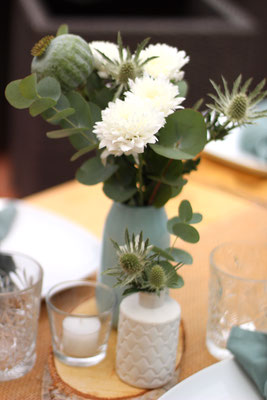 Geburtstagsdekoration in Mint und Weiß