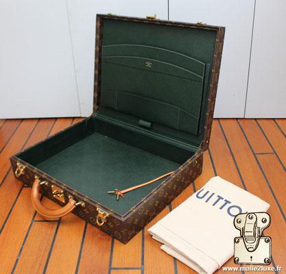 Valise diplomate Louis Vuitton M53020 superbe