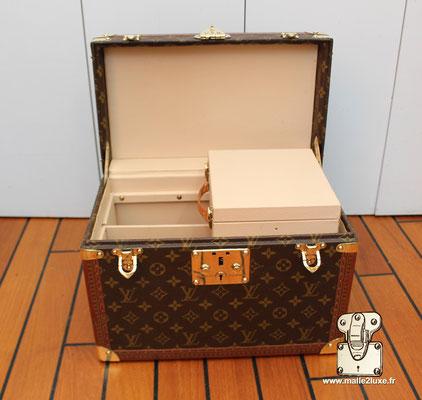 Vanity Louis Vuitton complete