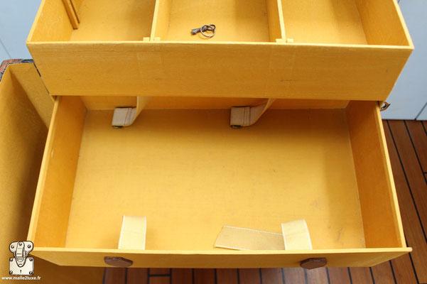 intérieur malle goyard